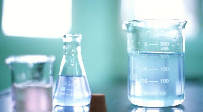 Farlig kemi, naturlige stoffer og mediernes misinformation